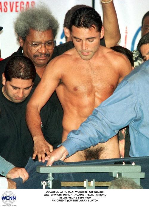 Oscar De La Hoya Nude Pictures, Naked Scenes Reviews